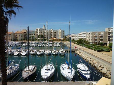 Port leucate appart studio loggia belle vue port agence du soleil location immobili re - Agence du port port leucate ...