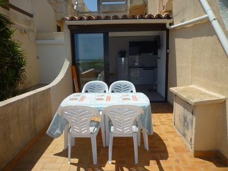 Port leucate villa mitoy t2 mezz face la mer agence du soleil location immobili re port - Agence du port port leucate ...