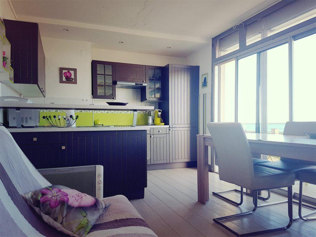 narbonne plage appart t3 magnifique vue mer agence du soleil location immobili re. Black Bedroom Furniture Sets. Home Design Ideas
